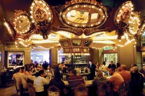 Carousel-Bar-and-Lounge